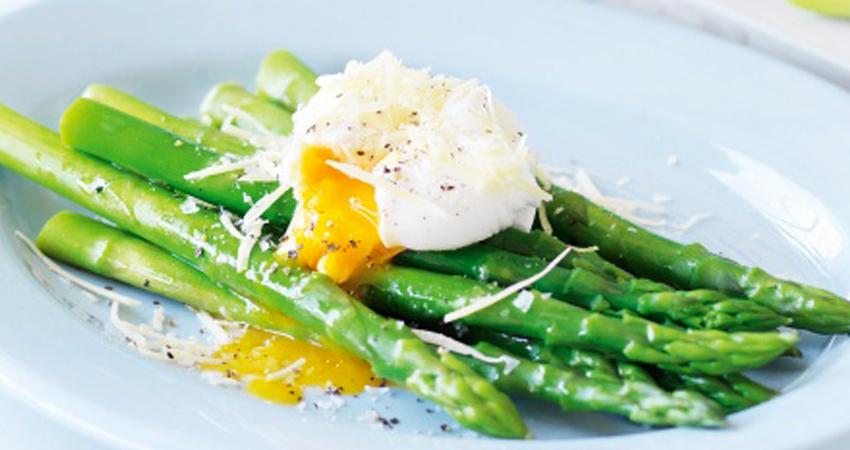 asparagi uova sousvide